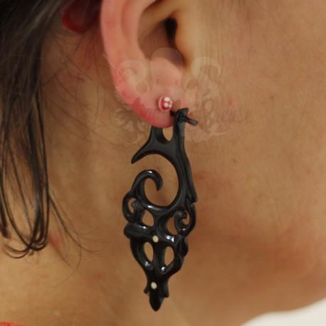 Paire de boucles d'oreilles en corne