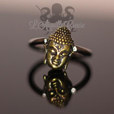 Anneau en acier chirurgical 316L et tête de bouddha en bronze