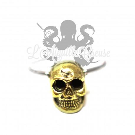 Anneau en acier chirurgical 316L et crâne en bronze