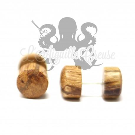 Faux plug en bois
