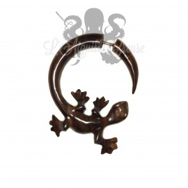 Boucle d'oreille Salamandre en bois sculptée