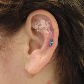 Bijou de cartilage triple strass