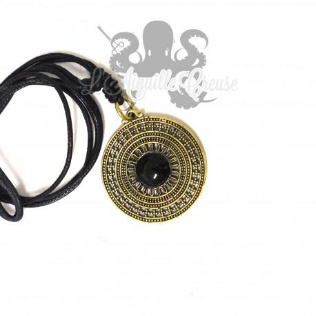 Collier Esprit Maya en bronze & Onyx