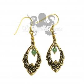 Paire de boucles d'oreilles en bronze et jade