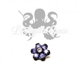 Fleur orné de Swarovski griffé, en titane pvd noir pour 1.2 mm