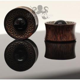 Plug en bois gravé & Onyx
