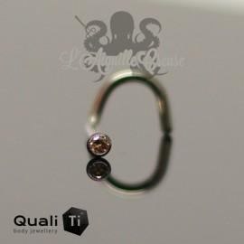 Stud en titane orné d'un zircon serti - QUALITI