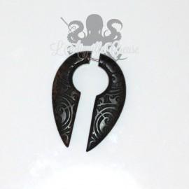 Boucle d'oreille Keyhole en bois sculptée