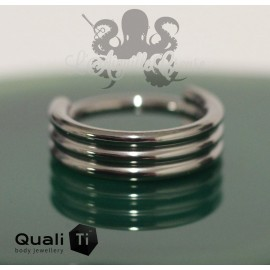 Anneau segmenté en titane QualiTi triple orbite, ouverture facile