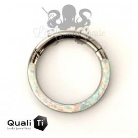 Anneau segmenté en titane QualiTi et opale synthétique, ouverture facile
