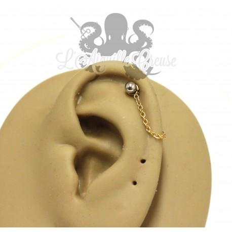 Charm chainette pvd or 24 carats pour lier deux piercings